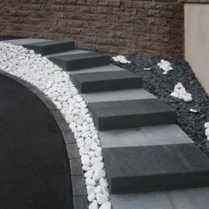 Escaliers exterieurs en bloc marche
