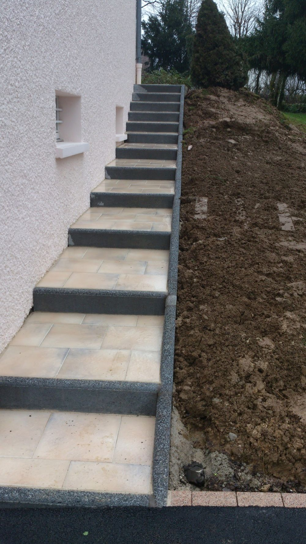 Escalier ext rieur cuinet am nagement ext rieur for Habillage escalier beton exterieur