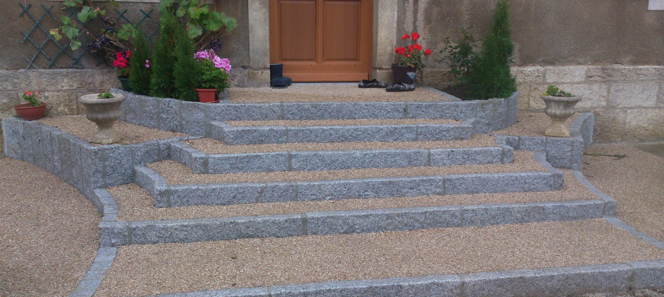 Escalier ext rieur traditionnel cuinet for Marche d escalier exterieur