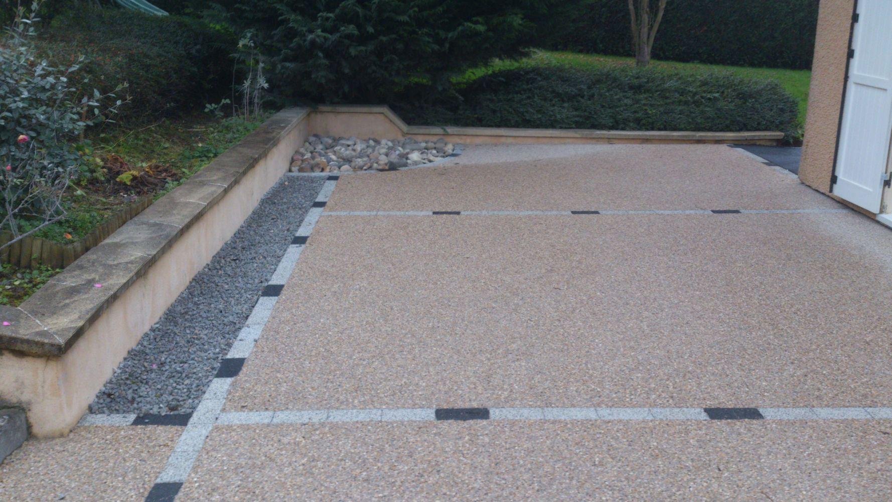 Personnes notables Aménagement de terrasse en béton désactivé | CUINET TF49